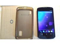 Unlocked LG Nexus 4 8GB andorid mobile phone in good condition