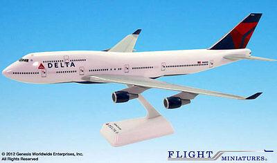 Delta Air Lines Boeing 747-400 1:200 SkyMarks SKR508 Flugzeug Modell Airlines DL