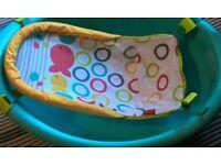 Baby bath with newborn sling