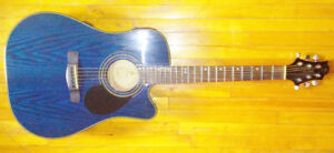 Mint Greg bennett Acoustic Electric Guitar & Traynor Amp