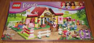 Retired Lego Friends Heartlake Stables #3189 Complete Set