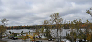 Bobcaygeon - Newly Renovated One Bedroom