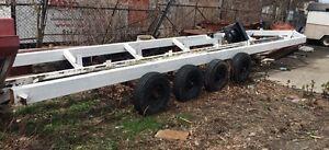 Grosse REMORQUE BATEAU TRAILER 40' 4 essieux 8 pneus neufs