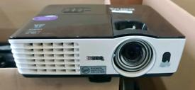 BenQ MX613ST 2800 lumen Short Throw DLP Projector HDMI
