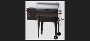 TRAEGER  WOOD FIRED GRILL