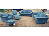 Large 5 pieces set of sofas - Teal. Local delivery available