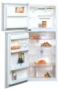 GOOD CONDITION FRIDGE/FREEZER WESTINGHOUSE RJ340m 5 years used Mortdale Hurstville Area Preview