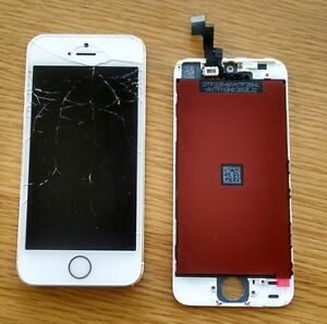 LOOKING FOR 5S SCREEN WORKING CRACKED OR NOT