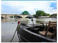 KEW BRIDGE: 1-bed Beautiful 45ft houseboat with spectacular unrestricted views of the Thames