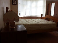 Fully Furnished Large Double Room Available , Near To City Centre *** All Bills Are Included !!!