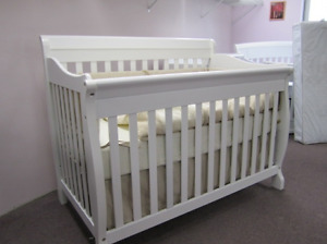 Tami Crib/Day Bed