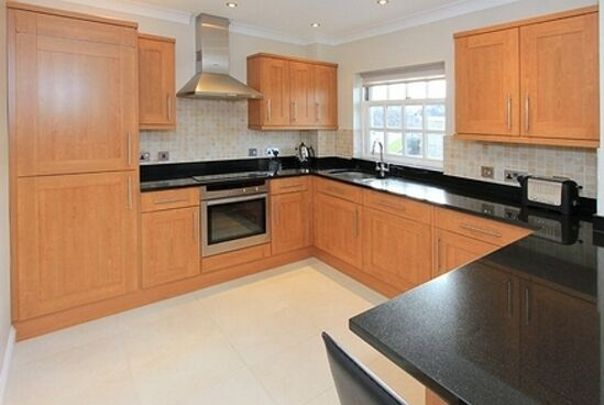 2 bedroom flat in Sutton House, Winchmore Hill