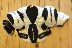 Small Senior hockey chest protector