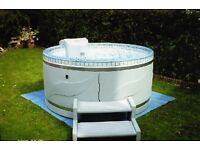 Voyager hot tub