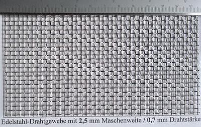 Edelstahldrahtgewebe mit  2,5mm Maschenweite, 0,7mm Drahtstärke, 500 mm x 200mm