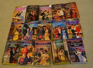 Lot of 35 Romance novels, Silhouette and Harlequin