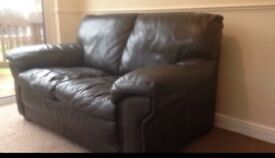 3 seater and 2 seater big comfy amazing condition quality leather sofas x Chocolate brown colour