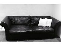 🎉🎉 Black leather sofa🎉🎉......must go!