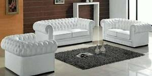 BUTTON BACK WHITE CHESTERFIELD GENUINE LEATHER SOFA Bundall Gold Coast City Preview