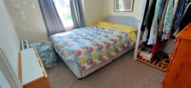 Cosy Double room in Northfields