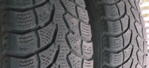 215/65 R16 (2) ArcticClaw ExtremeGrip winter tires