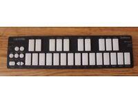 Keith McMillen Instruments QuNexus USB MIDI Controller Keyboard w/ CV/Gate