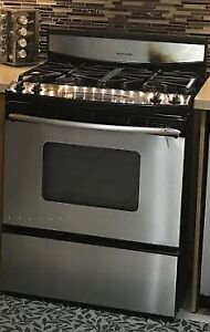 4 burner Kitchen Aid  Used Gas stove in working condition