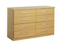 Collection Hallingford 4+4 Drawer Chest - Oak Effect