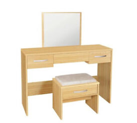New Hallingford Dressing Table and Stool - No mirror - Oak