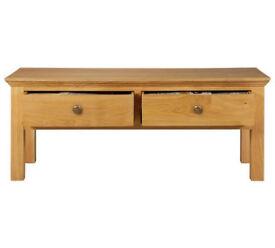 Collection Kingsbury Oak & Oak Veneer Coffee Table