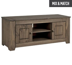 Amersham Large Solid Wood TV Unit - Dark Pine