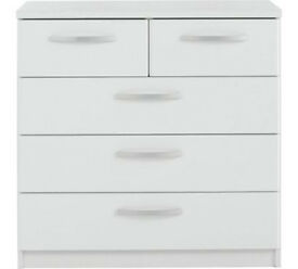 Collection Hallingford 3+2 Drawer Chest - White