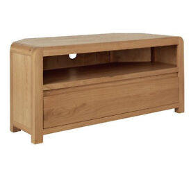 Heart of House Novara Oak Veneer Corner TV Unit