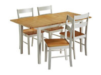 Fully assembled Chicago Extendable Solid Wood Table & 4 Chairs