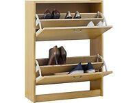 Oak effect shoe storage