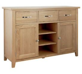 Islington Large Oak Veneer Sideboard