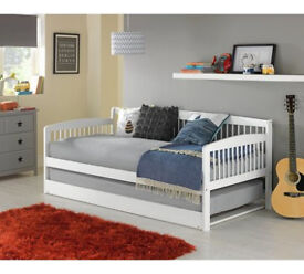Wooden Day Bed with Trundle - White