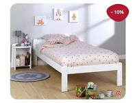 Children's bed made of solid beechwood plus mattress 60% off