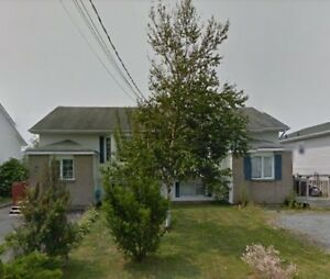 Gorgeous 3BR Semi-Detached Home in Eastern Passage!