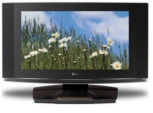 LG 23LX1RV 23-inch 720p LCD HDTV with Built-in DVD Player