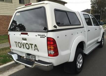 2007 TOYOTA HILUX SR5 UTE, DOUBLE Cabin, AUTO, CANOPY  TOP, LOG B Hinchinbrook Liverpool Area Preview