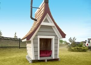 SELLING THE ULTIMATE DOG HOUSE!!! (insulated)
