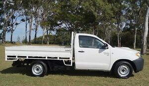 2009 Toyota Hilux KUN16R MY10 SR White 5 Speed Manual Cab Chassis Bundaberg West Bundaberg City Preview