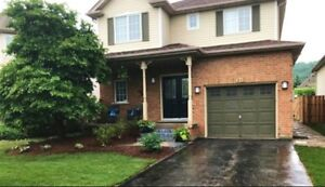 Gorgeous Grimsby 4 Bed/3 Bath Home