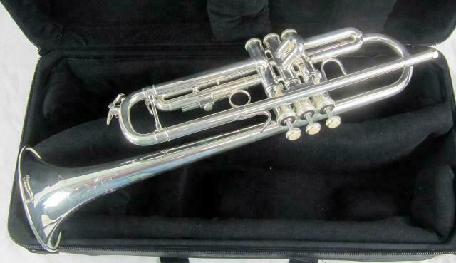 Clarion Bb Trumpet Interchangeable Bells Silver Plated and Gold Lacquer Monel