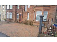 Kilmarnock 2 bedroom flat beautiful condition ,private parking North Hamilton street