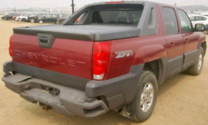 2004 Chevrolet Avalanche low kms. needs inspection