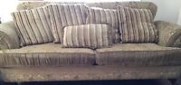 3 piece living room set in great condition