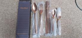30 piece cutlery set gold brand new