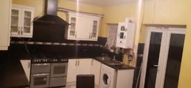 5 bedroom property